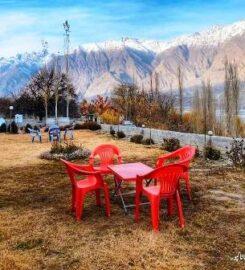 Indus View Hotel & Hostel